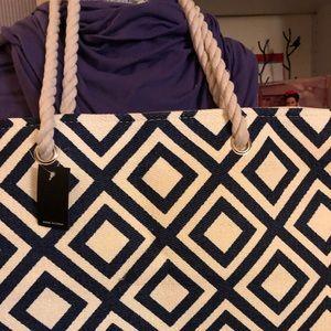 Handbags - Oversized/weekender bag